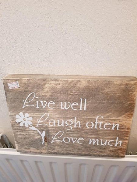 Tekstbord live laugh love